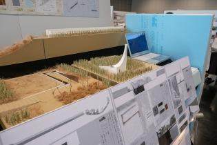 埋め立てなどによって生み出された広大な場所に素材との対話によって自然を見つめ直す場をつくろうとする案。(シークエンス型) The idea is to create a space to re-evaluate nature through dialogue with materials in the vast area created by landfills. (Sequence type)